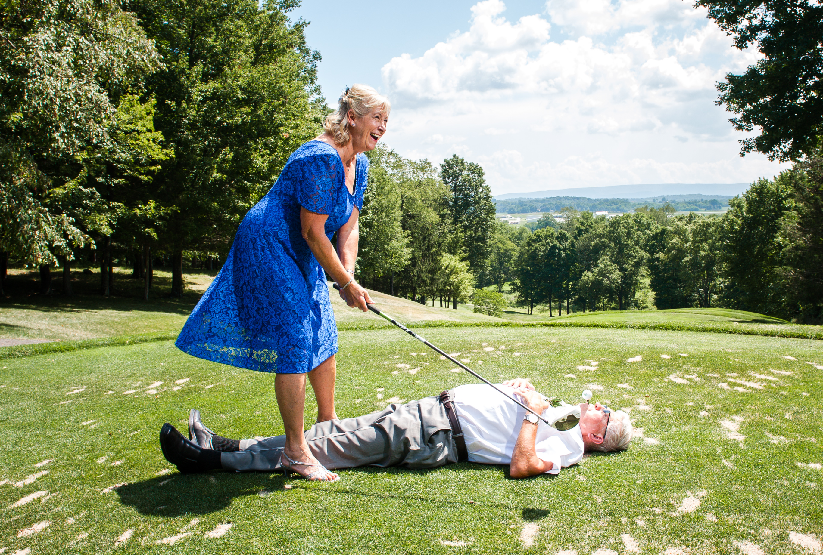 Bride and Groom Golf Portrait at Winding Hills Golf Club