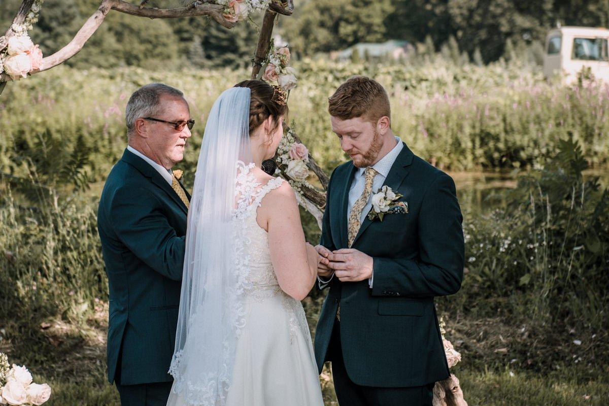 bad seed cider wedding photos