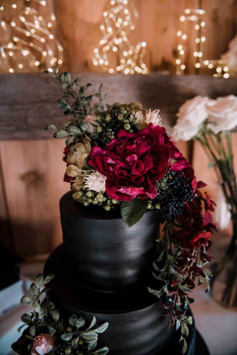 hudson valley wedding cake