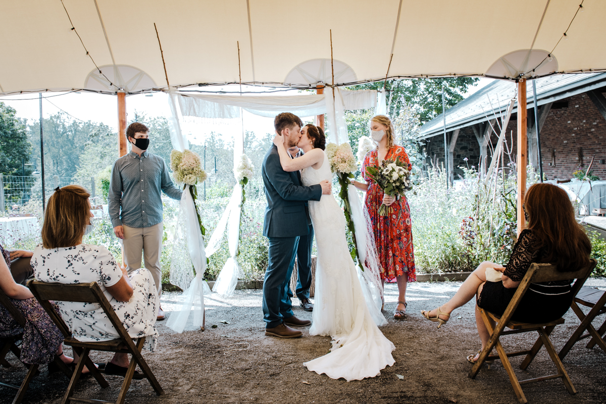 elopement photographer in the hudson valley