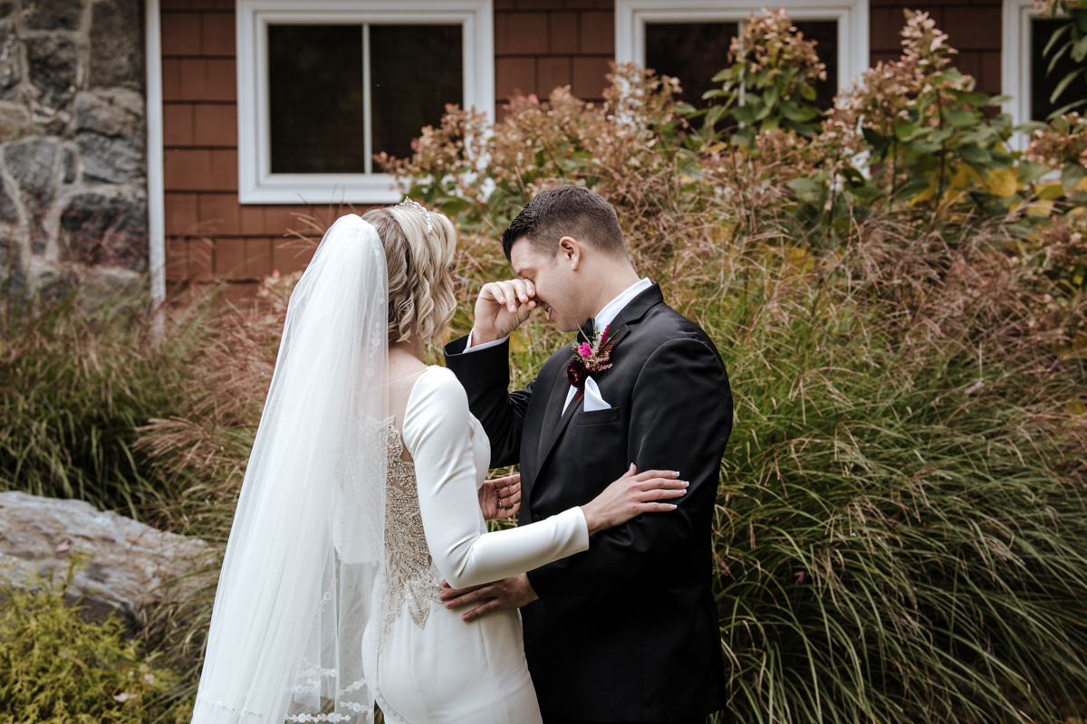 westchester wedding photographer at Hollow brook