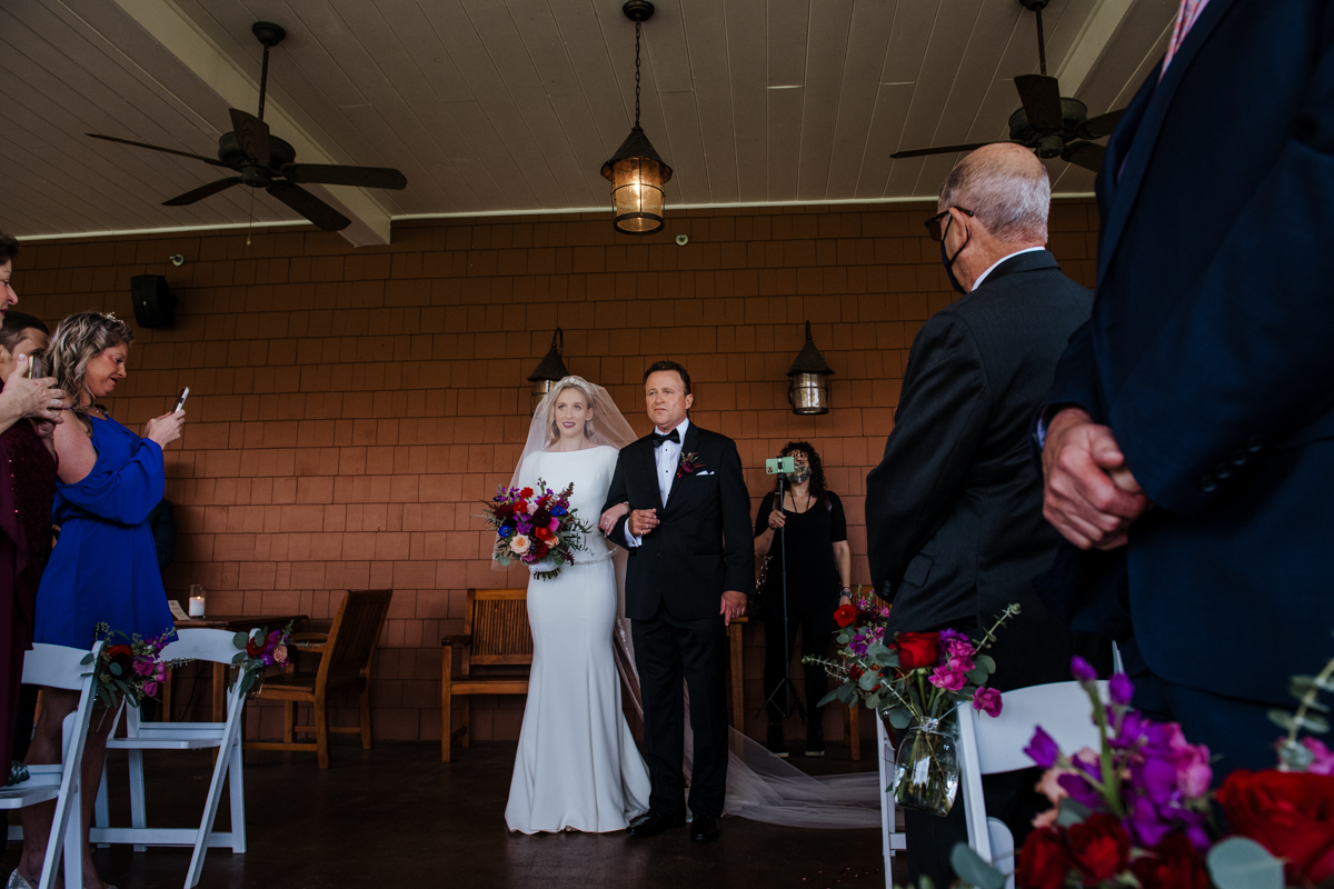 hollow brook wedding ceremony in cortlandt manor, ny